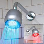 Новый душ порадует цветными огоньками