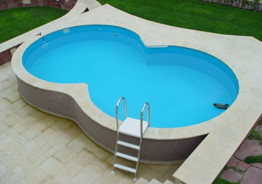 Collapsible pools